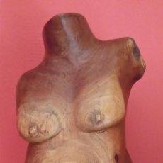 Arte: FIGURA FEMENINA EN MADERA / CUBA. Lote 45010415