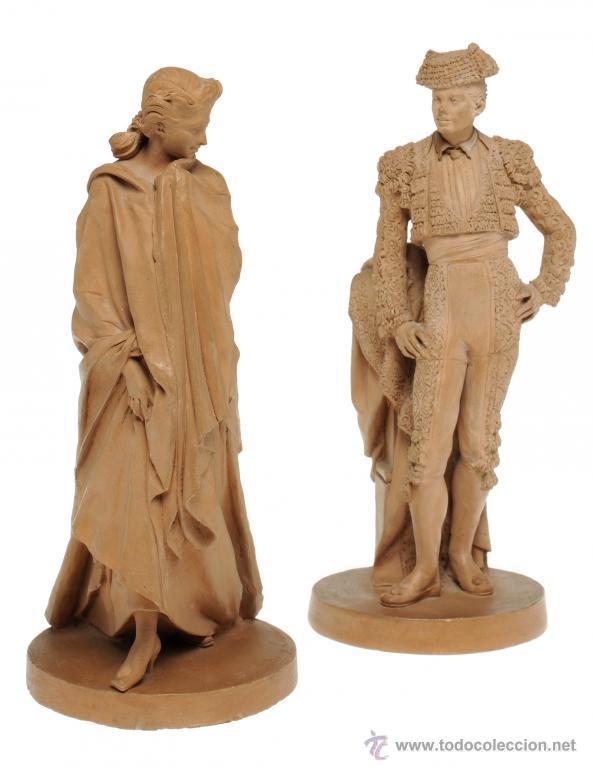 PAREJA DE BARROS DE ANTONIO DE LAS PEÑAS Y LEÓN (GRANADA, 1815 - SEVILLA 1887) TORERO Y DAMA. (Arte - Escultura - Terracota )