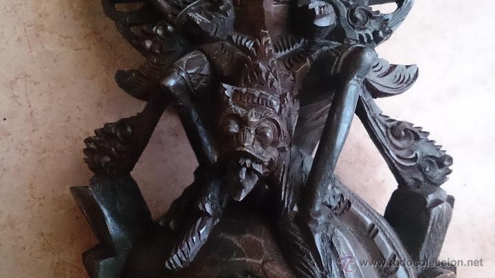 Arte: Antigua y bella talla de demonio de Indonesia en madera maciza . - Foto 23 - 45786868