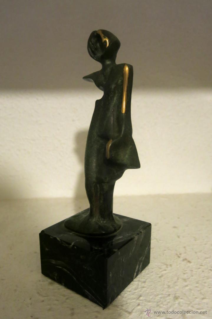 Arte: Interesante y bella escultura en bronce vintage, firmada ilegible - Foto 2 - 45878216