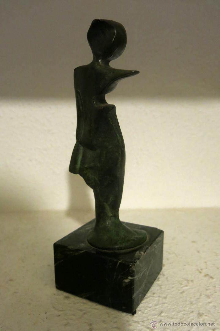 Arte: Interesante y bella escultura en bronce vintage, firmada ilegible - Foto 3 - 45878216