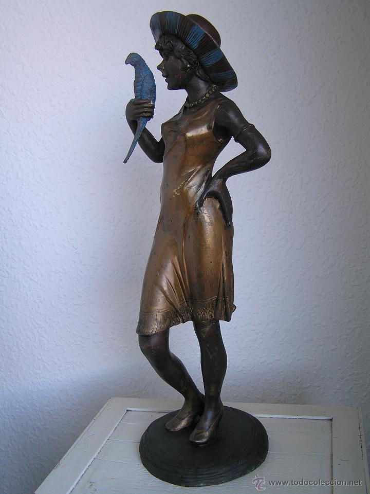 GRAN FIGURA DE BRONCE POLICROMADO. AÑOS 20. 52 CM. 4,83 KG. PRECIOSA. (Arte - Escultura - Bronce)