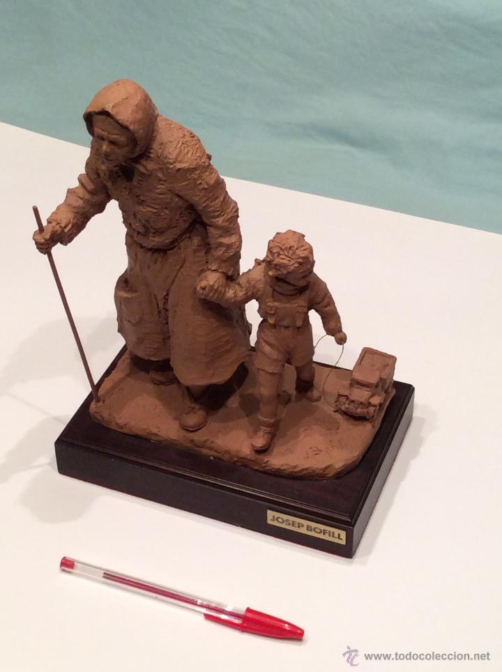 Arte: JOSEP BOFILL , escultura anciana con niño - Foto 5 - 46475518