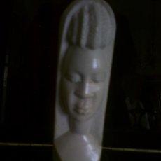 Arte - FIGURA DE MUJER AFRICANA REALIZADA EN MARFIL - 46739533