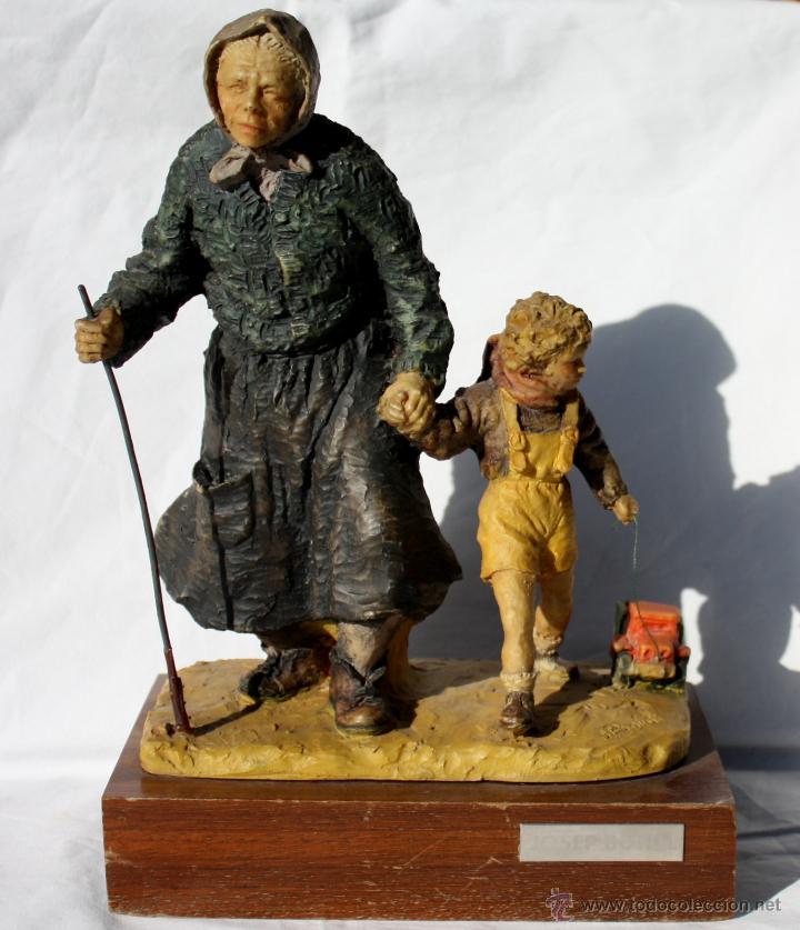 JOSEP BOFILL - ABUELA Y NIETO (Arte - Escultura - Resina)