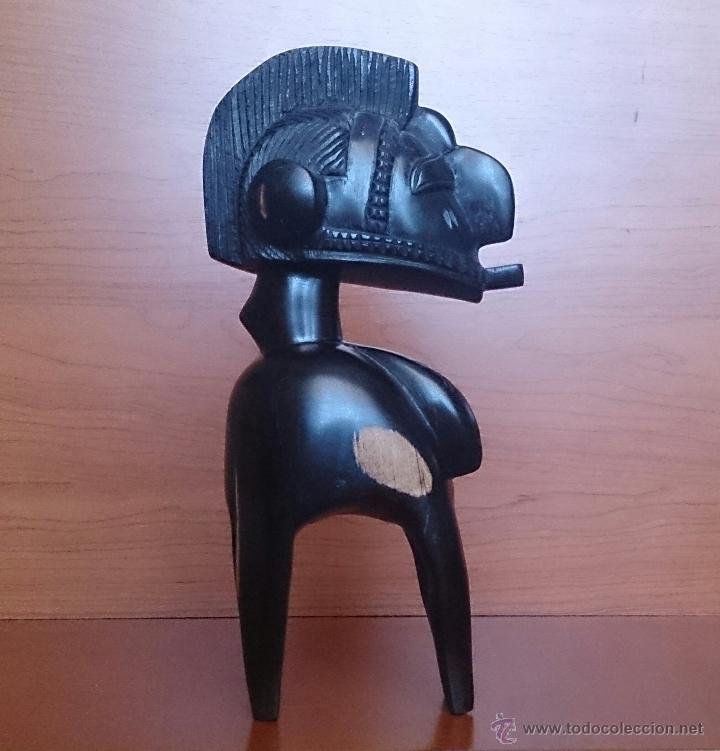 Arte: Antigua y original talla africana en madera de ébano macizo, tallado a mano . - Foto 5 - 48584351