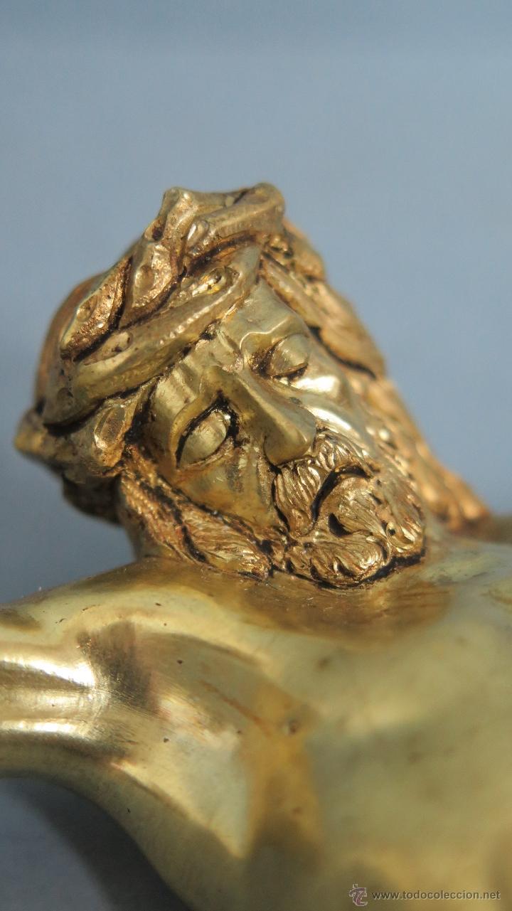 magnifico y precioso cristo de bronce con oro a - Comprar Esculturas ...