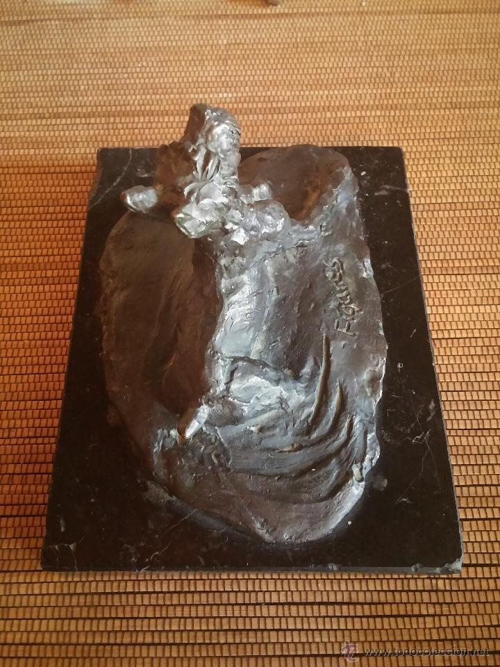 Arte: Paz Figares (Madrid 1958-2007) , Escultura en bronce de un perro snauzer, firmada - Foto 2 - 49258652