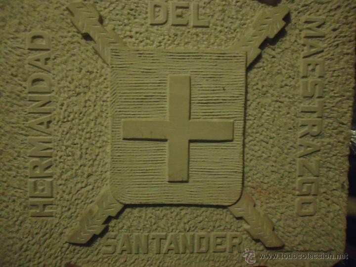 Arte: Hermandad del Maestrazgo. Escudo tallado en piedra Enrique Somavilla. Circa 1970 - Foto 4 - 49341403
