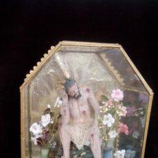 Arte: URNA CON CRISTO SENTADO DEL SIGLO XVIII (TALLA REALIZADA EN TERRACOTA ). Lote 49520094