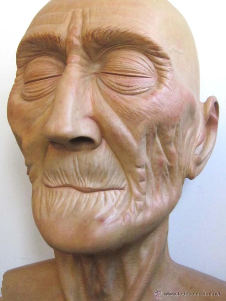 Arte: Escultura figurativa talla madera retrato hombre anciano - Foto 5 - 49460809