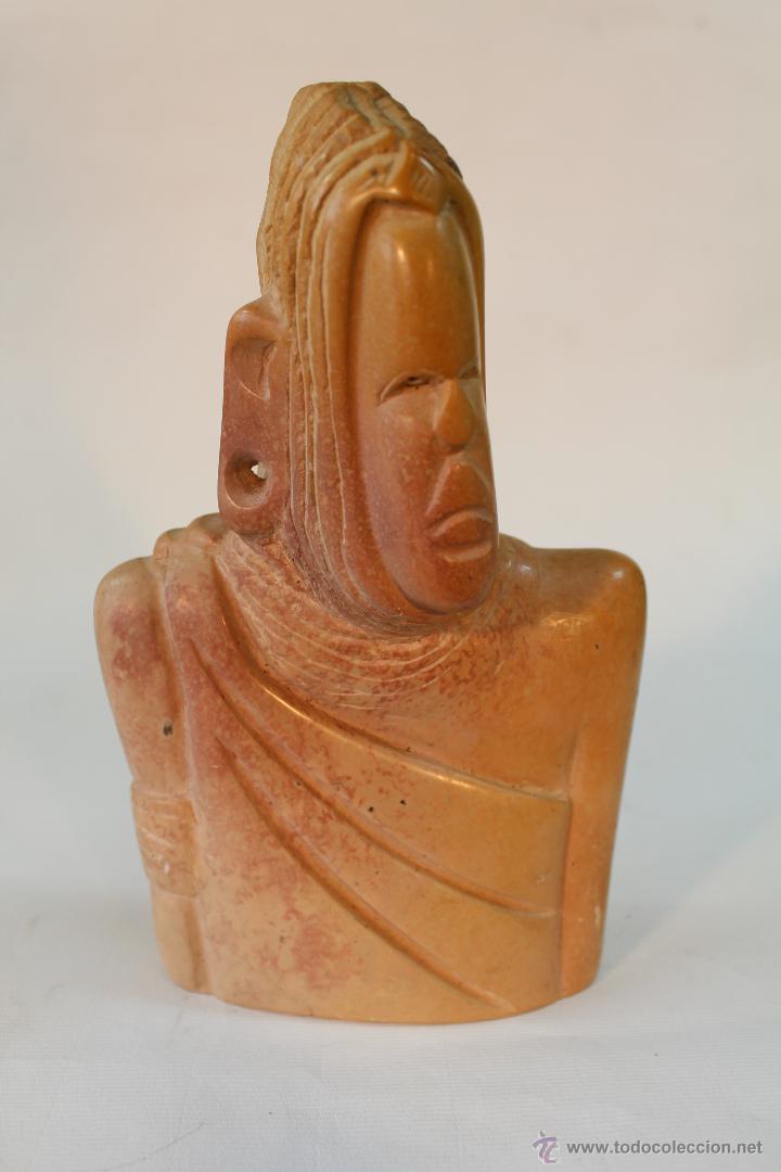 BUSTO ETNICO TALLADO EN PIEDRA (Arte - Escultura - Piedra)