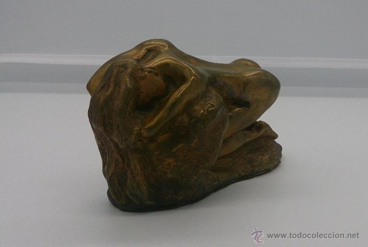 Arte: Sensual escultura en bronce de mujer desnuda en pose erótica, art nouveau, firmada y numerada, XIX . - Foto 6 - 52596319