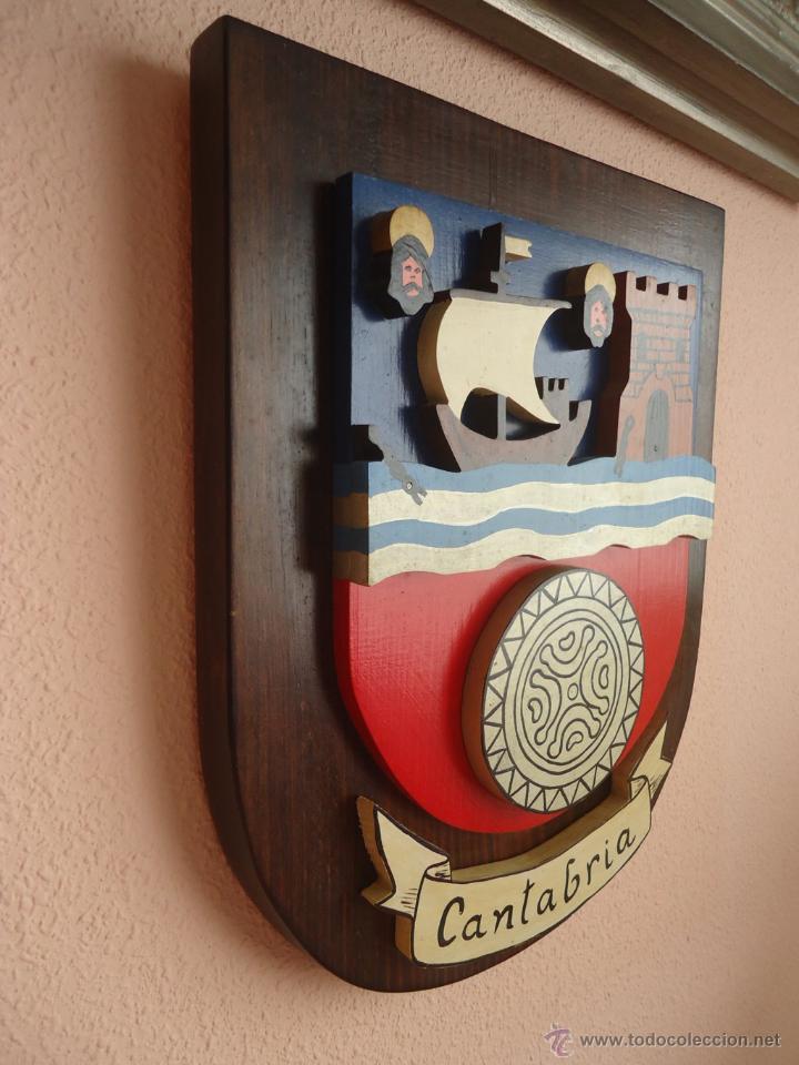 Arte: Escudo de Cantabria. Madera 39 x 31 x 6 . trifasico - Foto 3 - 52747279
