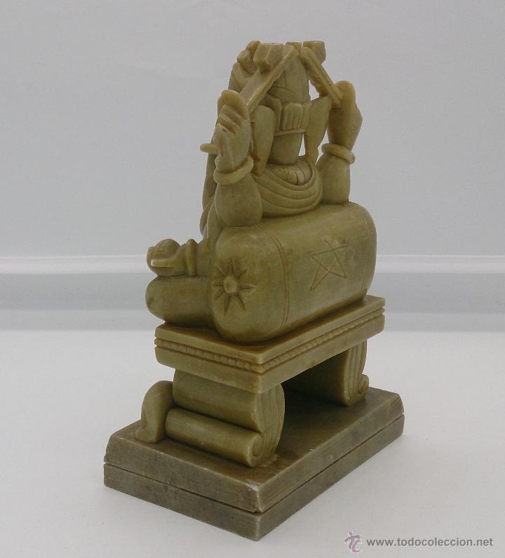 Arte: Escultura antigua del dios Ganesha en piedra jabón color verde jade tallada a mano . - Foto 4 - 82779403