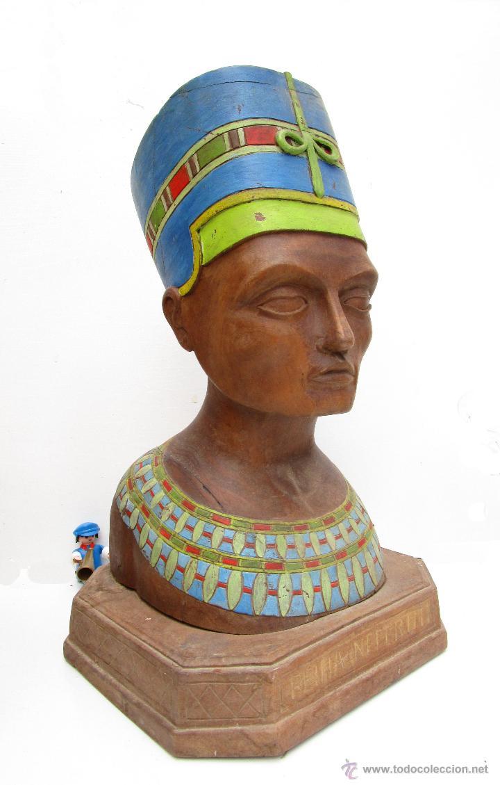 FABULOSO BUSTO TALLA MADERA POLICROMADA ANTIGUO REINA EGIPTO EGIPCIA NEFERTITI O NEFERTARI (Arte - Escultura - Madera)