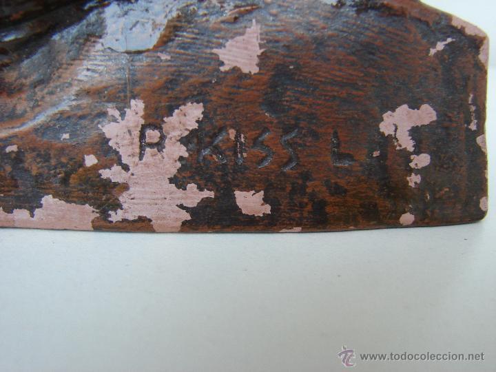 Arte: ANTIGUA FIGURA EN TERRACOTA. MADRE CON SU HIJO. KISS LENKE. SIGLO XX. FIRMADA. R. KISS L - Foto 4 - 53373093