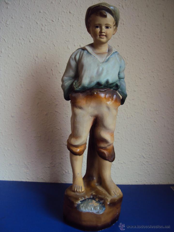 (ES-1300)ESCULTURA DE TERRACOTA,PRINCIPIOS DEL SIGLO XX,MODERNISTA-NIÑO- (Arte - Escultura - Terracota )