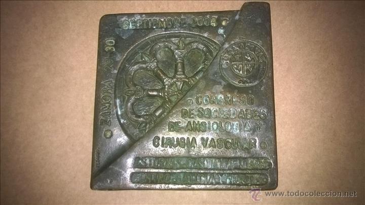 Arte: Placa de bronce. Fechada.Firmada: Pedrero. Zamora. Escultura. - Foto 2 - 54447588