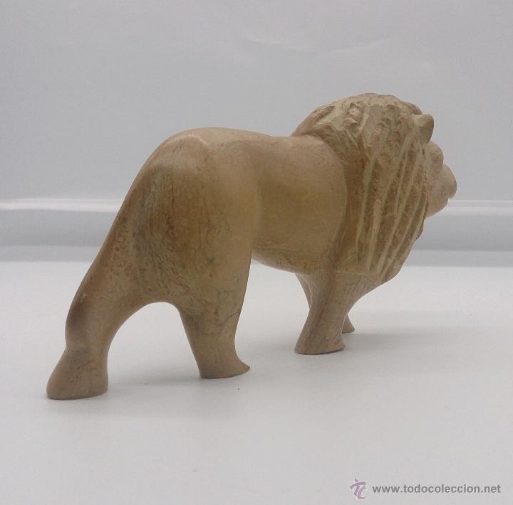 Arte: Escultura etíope antigua de león en piedra tallada a mano . - Foto 3 - 54574413
