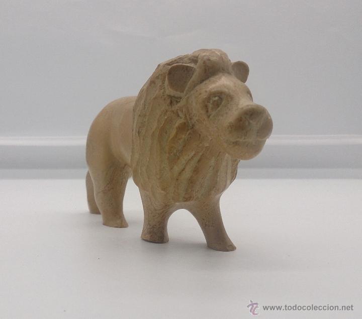 Arte: Escultura etíope antigua de león en piedra tallada a mano . - Foto 5 - 54574413