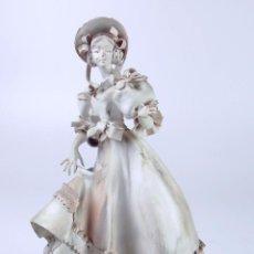 Arte: DAMA. ESCULTURA EN CERÁMICA BLANCA. ELISA REVERTER I LOPEZ. ESPAÑA. CIRCA 1950.. Lote 50202004