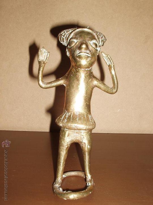 MUY ANTIGUA FIGURA DE BRONCE AFRICANA. BELLA PATINA. (Arte - Escultura - Bronce)