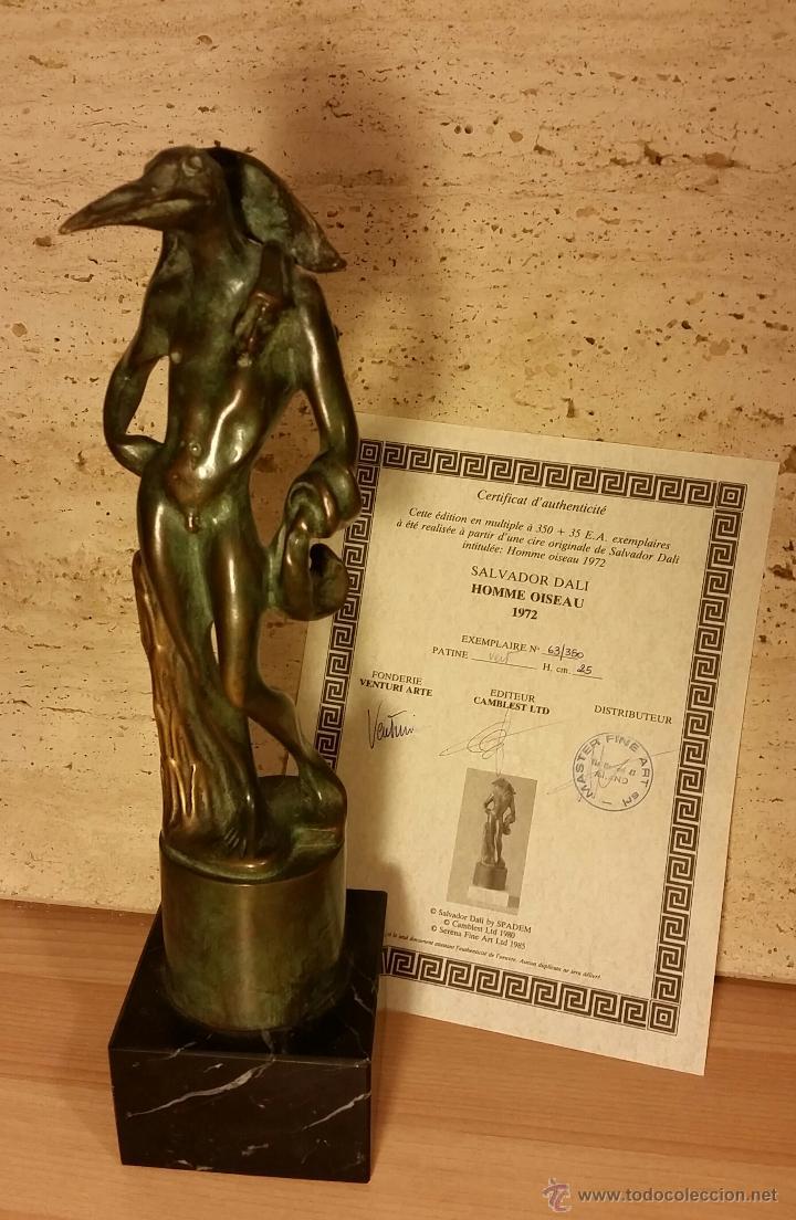 SALVADOR DALI CERTIFICADO ESCULTURA HOMBRE PAJARO BRONCE. CHILLIDA MIRO PICASSO PLENSA MANOLO VALDES (Arte - Escultura - Bronce)