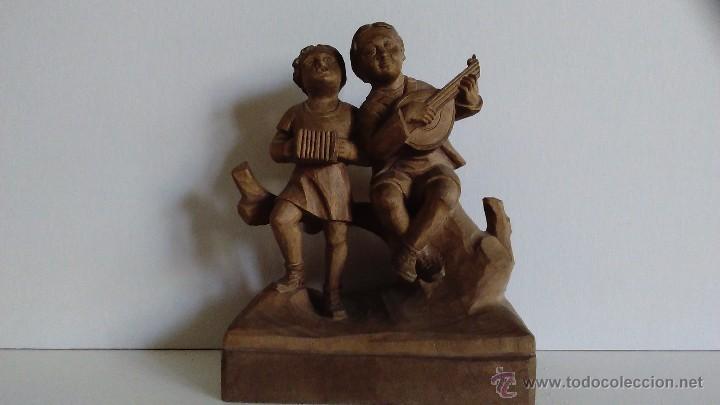 Arte: Escultura de madera representando niños músicos - Foto 3 - 55067862