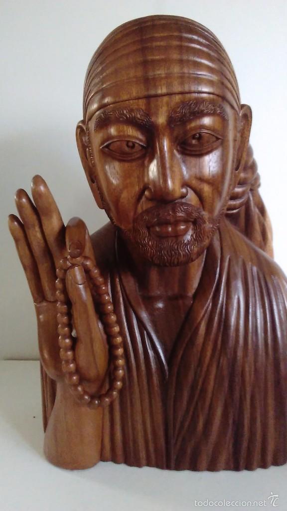 Arte: Escultura oriental tallada en madera noble. 47 cm x 30 cm. Peso: 8 Kg - Foto 2 - 55405089