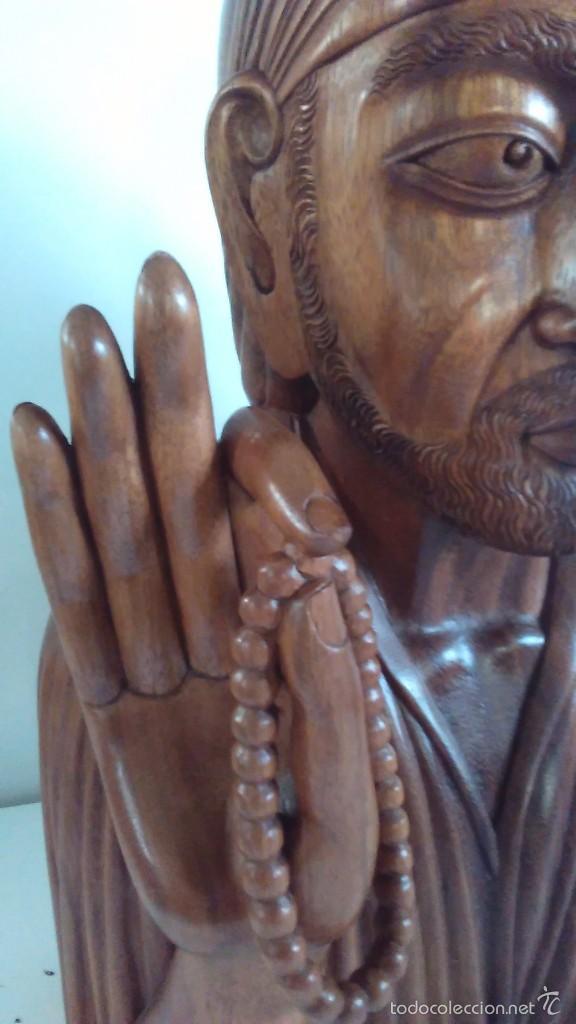 Arte: Escultura oriental tallada en madera noble. 47 cm x 30 cm. Peso: 8 Kg - Foto 4 - 55405089