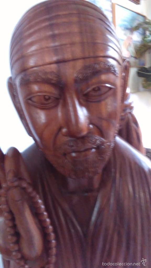 Arte: Escultura oriental tallada en madera noble. 47 cm x 30 cm. Peso: 8 Kg - Foto 5 - 55405089