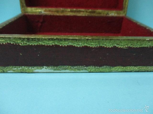 Arte: Antigua caja de madera con pan de oro (ver fotos) 15 x 10 x 5 cm - Foto 5 - 56526665