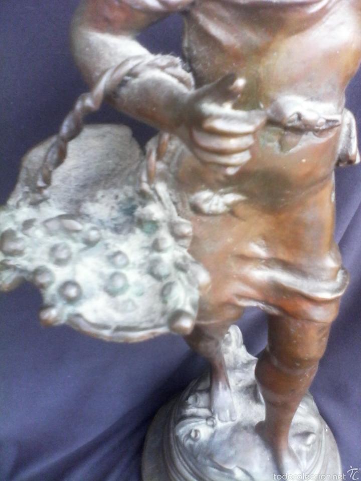 Arte: Figura escultura de bronce macizo muy antiguo 48cm - Foto 5 - 58349652