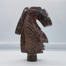 Arte: BUSTO ANTIGUO DE INDIO KIOWA TALLADO A MANO EN PIEDRA MALVA JASPEADA, HECHO EN OKLAHOMA .. Lote 58473707