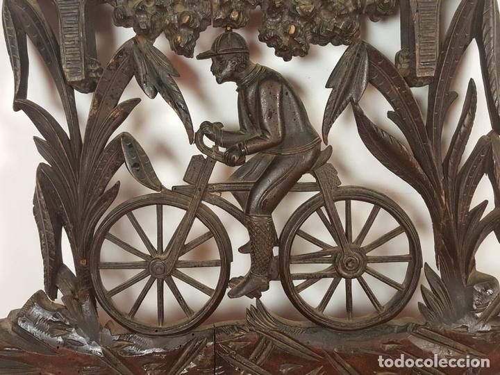 Arte: PLAFON EN MADERA TALLADA Y CALADA. SELVA NEGRA. ALEMANIA. SIGLO XIX-XX. - Foto 7 - 62263100