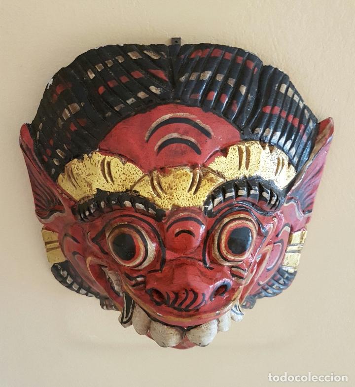 Arte: Impresionante mascara antigua Balinesa de Barong en madera tallada y policromada a mano, Indonesia . - Foto 3 - 63267892
