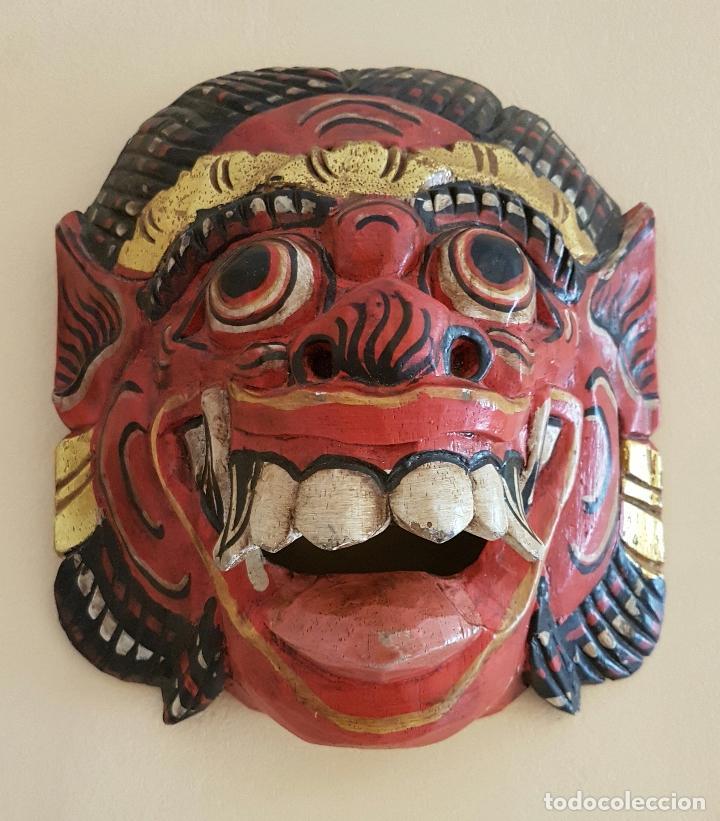 Arte: Impresionante mascara antigua Balinesa de Barong en madera tallada y policromada a mano, Indonesia . - Foto 5 - 63267892