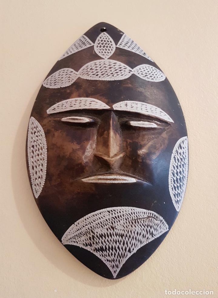 Arte: Máscara antigua de arte azteca en pìedra tallada a mano . - Foto 3 - 63398800