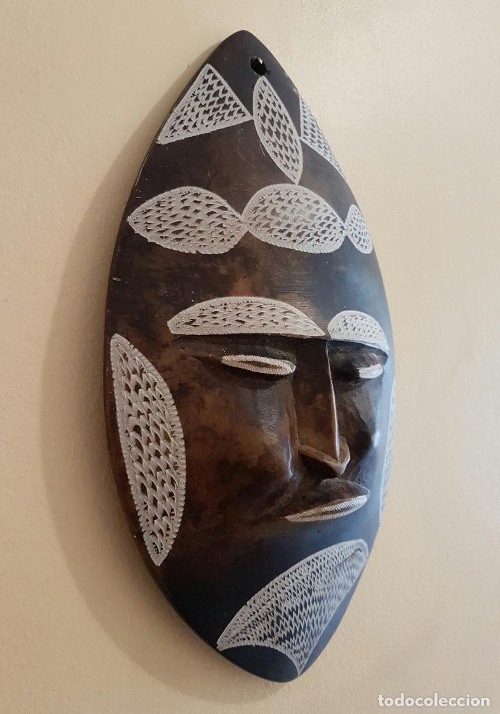 Arte: Máscara antigua de arte azteca en pìedra tallada a mano . - Foto 4 - 63398800