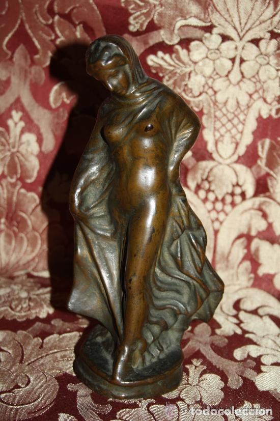 DESNUDO DE MUJER. BRONCE. ART NOUVEAU. ANÓNIMO. ESPAÑA. SIGLO XIX-XX (Arte - Escultura - Bronce)