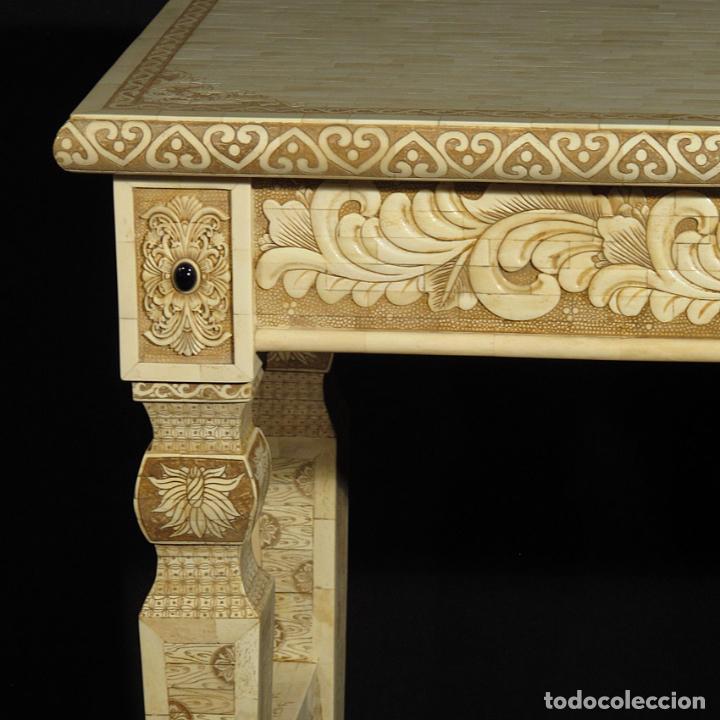 Arte: Espectacular consola de hueso tallado con detalles de turquesa y onix. 142cm. - Foto 2 - 67241325