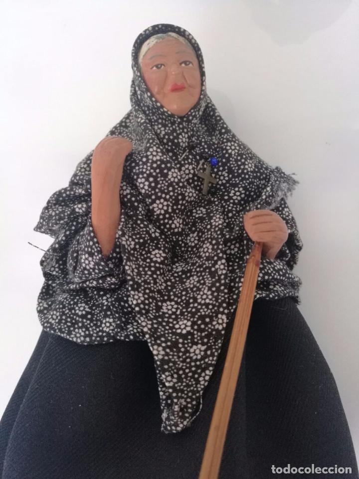 Arte: Pareja de abuelos - Figuras de Barro terracota - tipo belén napolitano 19,5 cm y 18cm - Foto 2 - 69063109
