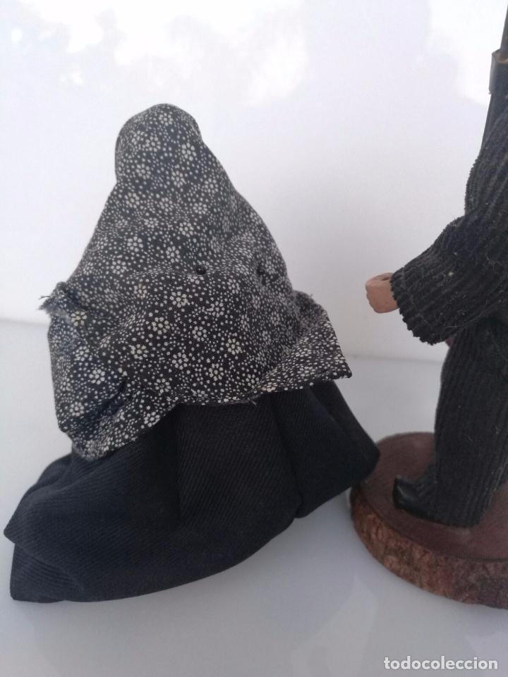 Arte: Pareja de abuelos - Figuras de Barro terracota - tipo belén napolitano 19,5 cm y 18cm - Foto 5 - 69063109