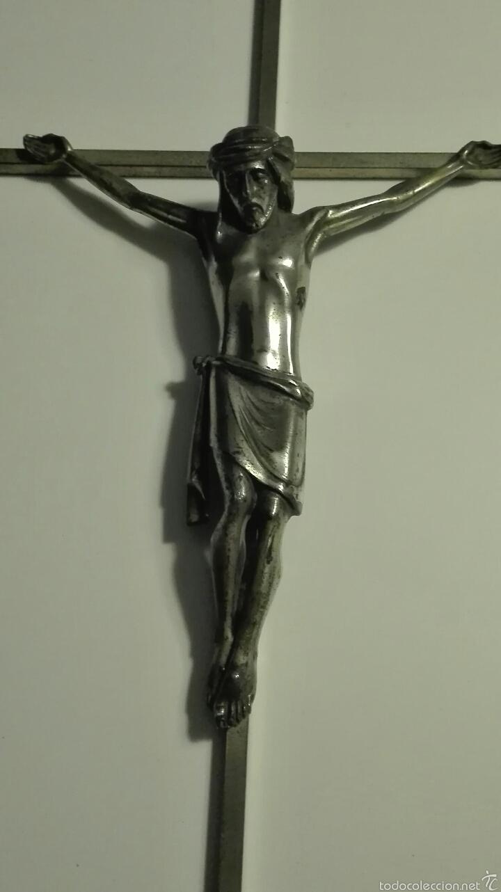 Arte: antiguo cristo crucificado - cruz de hierro con baño plata y cristo en plomo - Foto 2 - 70331654