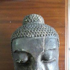 Art - Gran cabeza antigua de buda tallada en piedra - 71543455