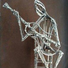 Arte: EL GUITARRISTA --- FIGURA EN HIERRO FIRMADA FERRER. Lote 71675707