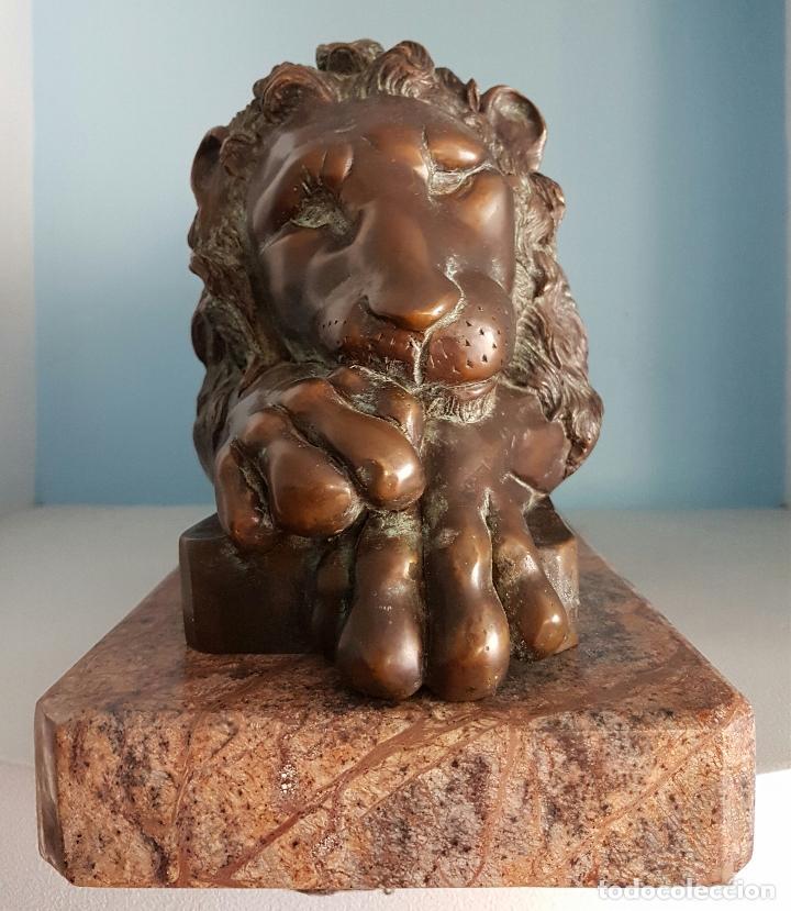Arte: Gran escultura antigua de majestuoso León en bronce macizo sobre peana de marmol, P.S.XX . - Foto 2 - 73049591