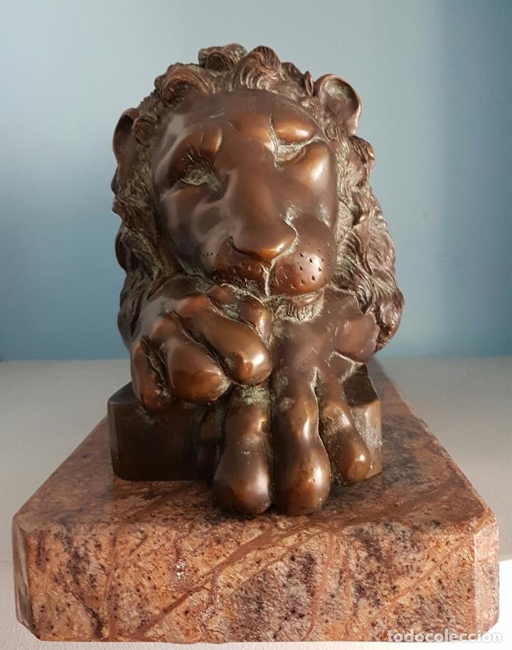 Arte: Gran escultura antigua de majestuoso León en bronce macizo sobre peana de marmol, P.S.XX . - Foto 11 - 73049591