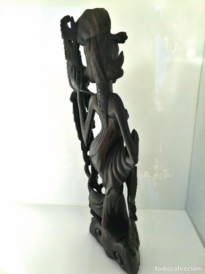 Arte: Fantástica talla asiática en ébano de makassar - Diosa Tailandesa Geisha con flores - Foto 2 - 73999239